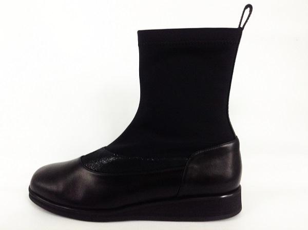 スイッチングブーツ黒横
